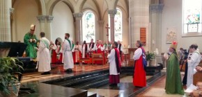 Opening_Eucharist_2_thumb